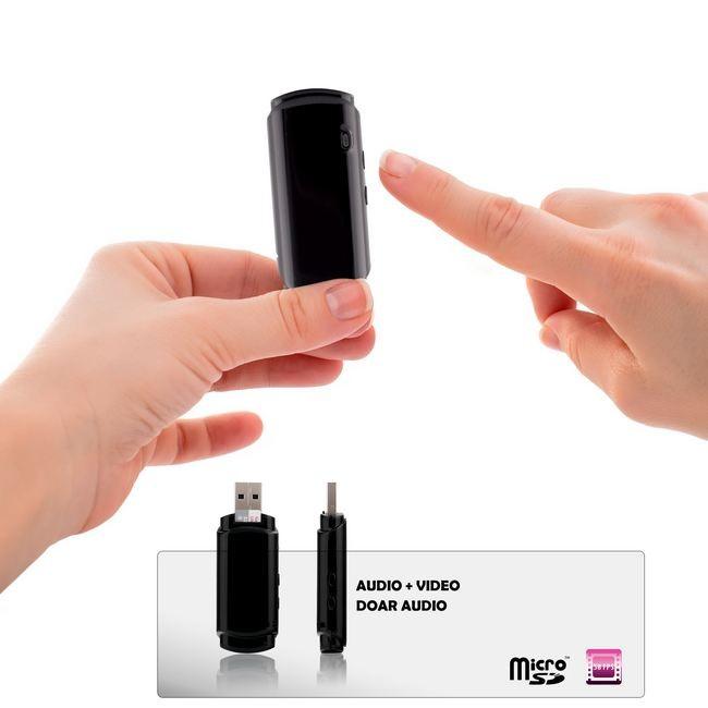 Stick USB cu Camera Spy si Reportofon 24 de ore - echipament profesional